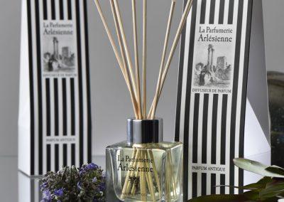 graphiste-arles-packaging-parfumerie-arlesienne