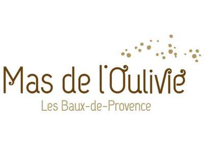 Mas de L'Oulivié | Création typographique et déclinaison de la charte graphique de l'hôtel